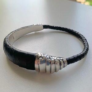 Jewelry - Lou Guerin blk armadillo sterling silver bracelet